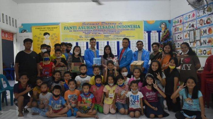 Panitia Natal KNPI Sumut Bagikan Ratusan Paket Sembako di Dua Panti dan Jemaat HKBP