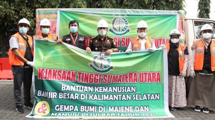 Kajati Sumut Serahkan Bantuan Tiga Ton Beras untuk Korban Bencana Sulbar dan Kalsel