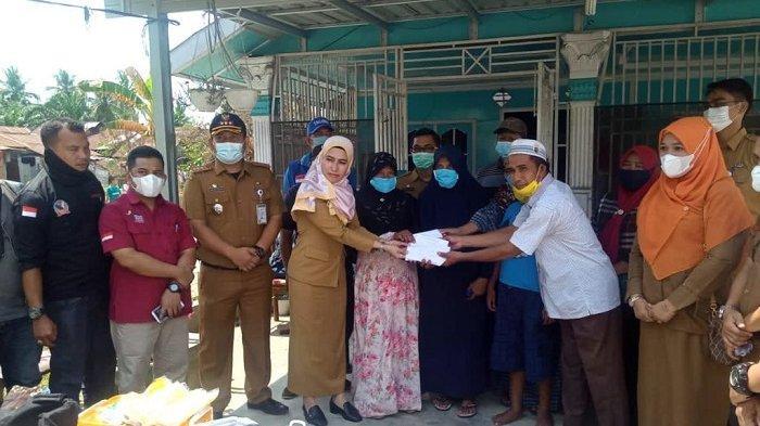 Ringankan Beban Korban Kebakaran di Tanjung Pura, Pemkab Langkat Tanggap Salurkan Bantuan