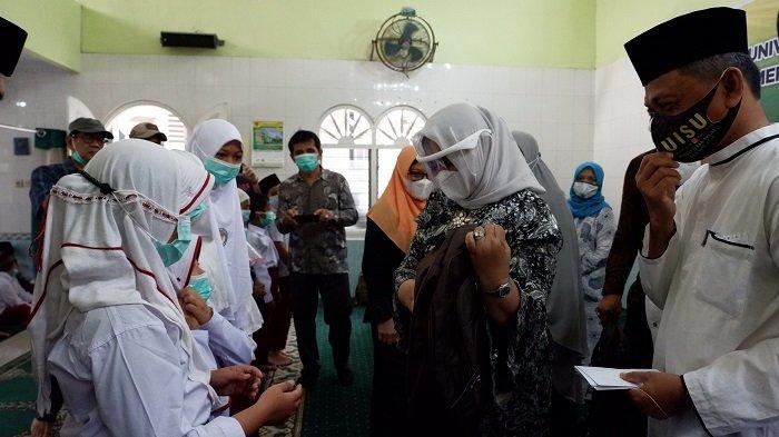 UISU-Pemprovsu  Bersedekah Salurkan 1500 Paket Bantuan