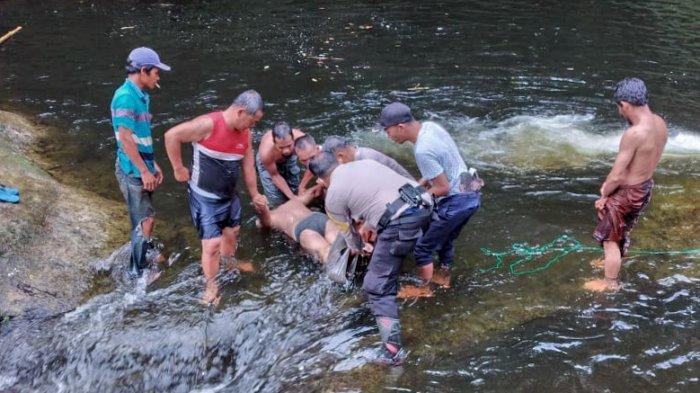 TRAGIS, Ajari Anak Berenang di Sungai, Seorang Bapak di Dairi Tewas Tenggelam bersama Anaknya