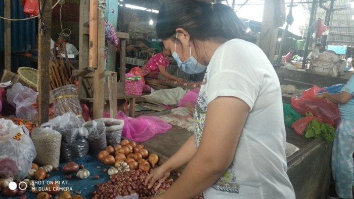 Bawang Merah Asal Jawa Alami Kenaikan Harga di Pasar Tradisional Medan