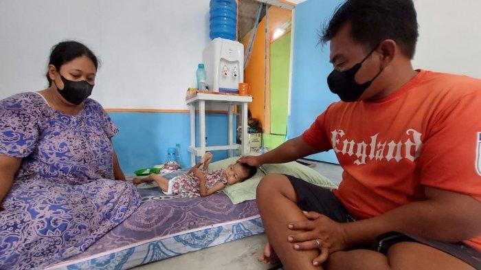 Orangtua Bayi dengan Kebocoran Jantung dan Gizi Buruk Asal Perbaungan Harapkan Bantuan