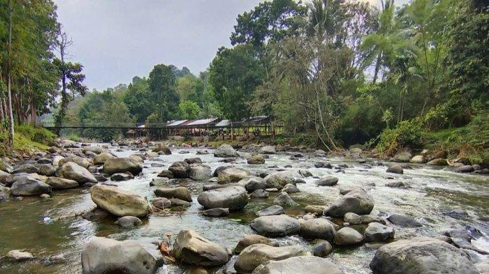 Pemandian Alam di Desa Sayum Sabah, Berikan Kesegaran Alam tak Terhingga