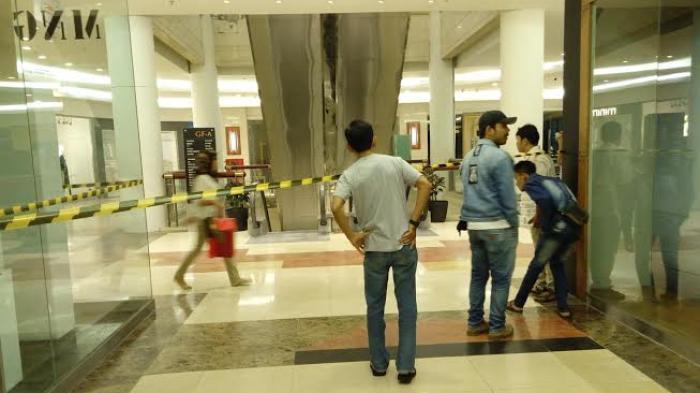 Konstruksi Eskalator Bioskop Sun Plaza Runtuh