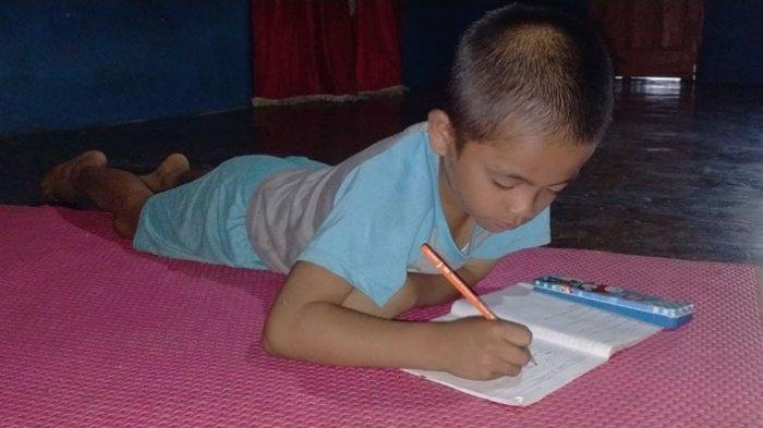Bupati Samosir dan Humbahas Perpanjang Masa Belajar di Rumah