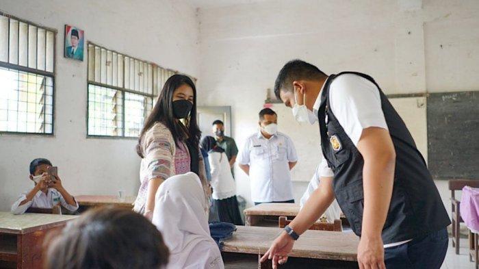 Tinjau Vaksinasi Bersama Kahiyang Ayu, Bobby Nasution Beri Target Tinggi Vaksinasi untuk Pelajar