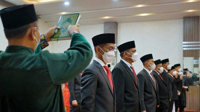 SETELAH Melantik, Bobby Nasution Langsung Membuat Rapat Bersama Direksi BUMD