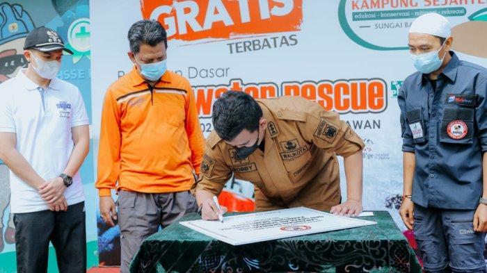 Bobby Nasution Perkuat Citra Positif Kampung Sejahtera Melalui Program Kawasan Bersih