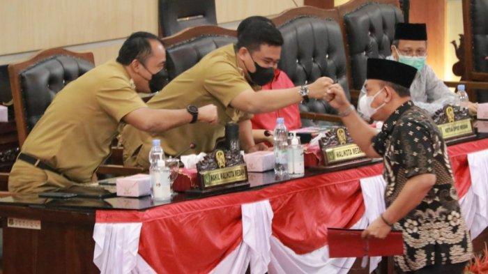 Hadiri Sidang Paripurna DPRD Kota Medan, Bobby Nasution Dengar Langsung Pandangan Umum Fraksi