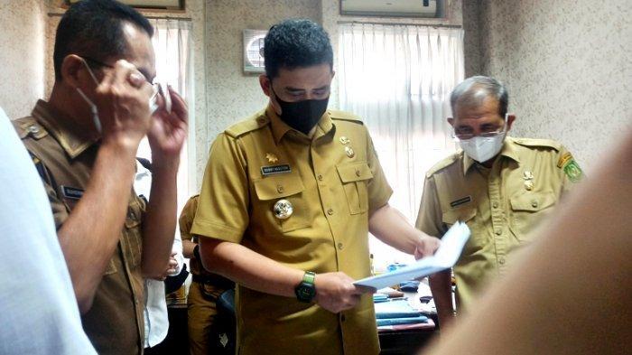 ASN Berlarian saat Wali Kota Sidak, Bobby Nasution Pastikan Pengurusan IMB Selesai 14 Hari
