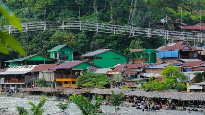 Bukit Lawang wisata yang berada di Langkat, Sumatera Utara