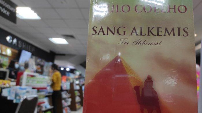 5 Buku Terlaris di Gramedia Gajah Mada Medan, Ada Buku Klasik yang Masih Populer