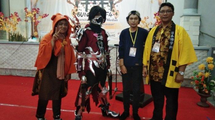Cosplay Sailormoon dan Jack Sparrow Warnai Bunkasai Universitas Harapan Medan