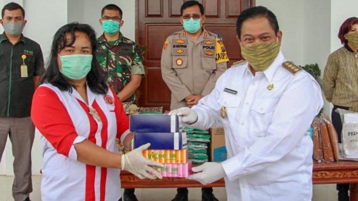 Bupati Dairi Eddy Berutu Sumbang Gaji untuk Penanganan Covid-19