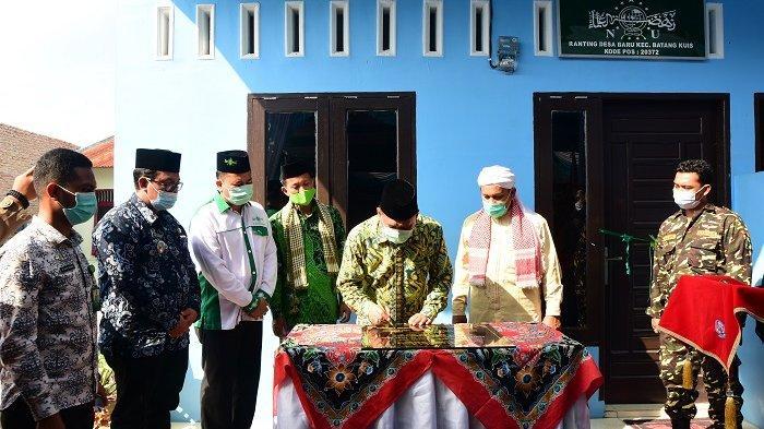 Resmikan Kantor Ranting NU Desa Baru, Bupati Ashari Harap Warga dapat Ilmu Agama yang Baik dan Benar