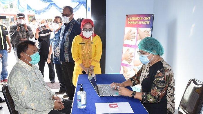 Vaksinasi Covid-19 Tahap Pertama di Deli Serdang Digelar, Bupati Ashari Tidak Lolos Screening