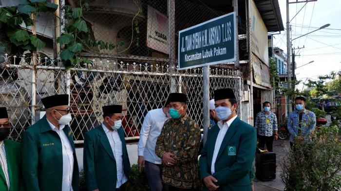Bupati Deliserdang Ganti Nama Jalan Bakaran Batu Jadi Jalan Tuan Syekh H M Arsyad T Lbs