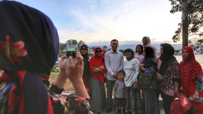 JR Saragih Ajak Semua Pihak Bantu Pengembangan Danau Toba