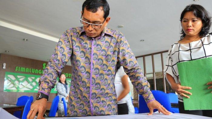JR Saragih Paksa Ratusan Guru Kuliah di Kampus Miliknya hingga Ada yang Memilih Pensiun