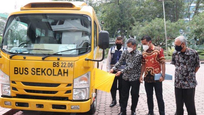 Pemkot Medan Terima Satu Unit Bus Sekolah dari Kemenhub