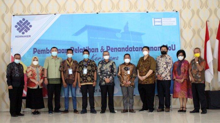 Kemnaker melalui BBPLK Medan melaksanakan pelatihan untuk pencari kerja di Sumatera Utara bekerjasama dengan Dunia Usaha dan Dunia Industri (DUDI).