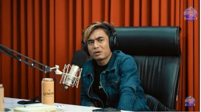 Dulu Vokalis Band ST 12 Charly Van Houten Kini Pengusaha Bisnis Karaoke