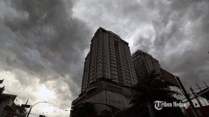 Waspada Cuaca Buruk, Sejumlah Wilayah Sumut Diprediksi Dilanda Badai Hujan