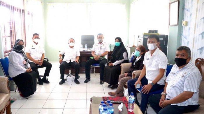 Kaban Kesbangpol Medan Lakukan Pendampingan Satgas Covid-19 Kecamatan Medan Area