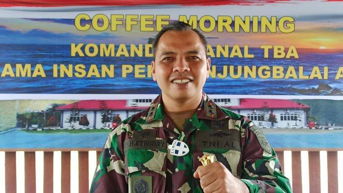 Mesin Kopi Jadi Kenangan Terakhir Komandan Lanal TBA dari Letkol Heri, Komandan KRI Nanggala 402