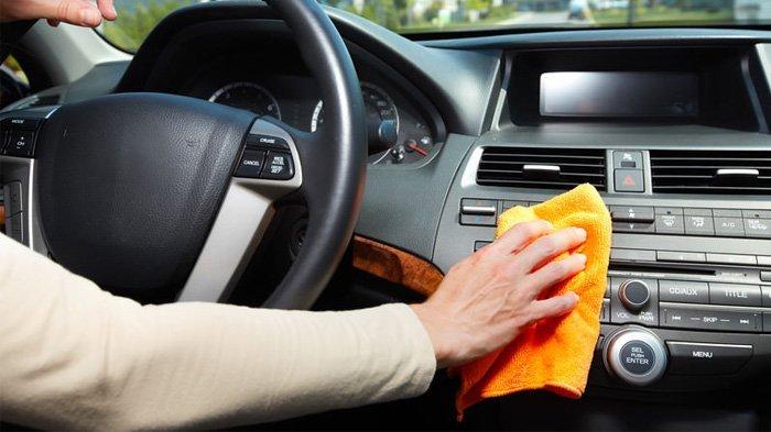 Bukan Hand Sanitizer karena Merusak Mobil, Cara Mencegah Penularan Virus Corona Bersihkan Mobil