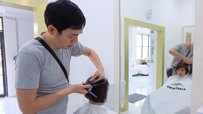 Davidy Salon and Café Bisa Lakukan Make up Sesuai Tren