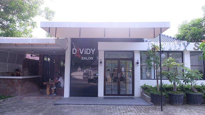 Member TFC Bisa Dapatkan Voucher untuk Gunting Rambut di Davidy Salon and Café