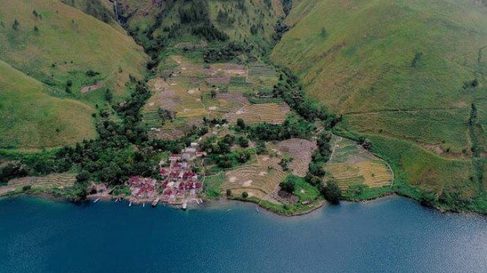 Desa bahal-bahal saat menuju Air Terjun Sitiris-tiris, Minggu (23/5/2021).