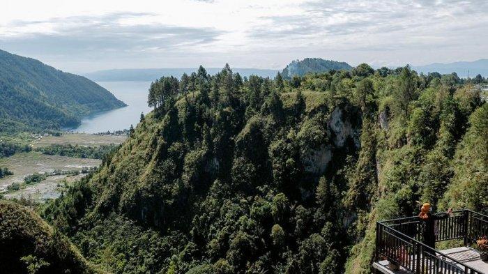 Tempat Wisata di Sumut, Adian Nalambok, Bisa Melihat Luasnya dan Keindahan Danau Toba