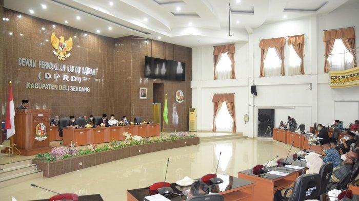 Bupati Ashari Tambunan Terima Rekomendasi DPRD Deli Serdang Atas LKPJ Bupati 2020