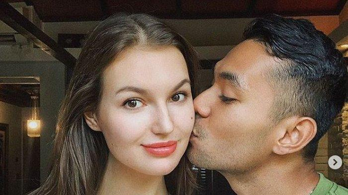 Sosok Diego Afisyah, Aktor Ganteng Ikatan Cinta yang Mempersunting Bule Cantik