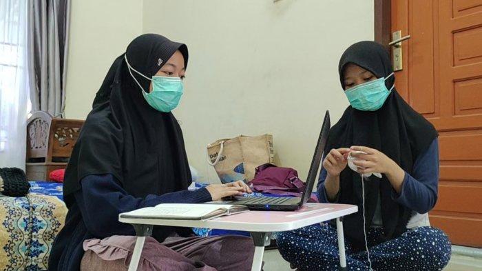 SOSOK Dinda & Vita, Mahasiswi Asal Asahan, Semangat Membuka Usaha Boneka di Tengah Pandemi Covid-19