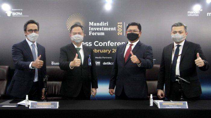 Direktur Utama Bank Mandiri Darmawan Junaidi saat membuka sesi Macro Day perhelatan Mandiri Investment Forum (MIF) 2021 secara virtual, di Jakarta, Rabu (3/2/2021).