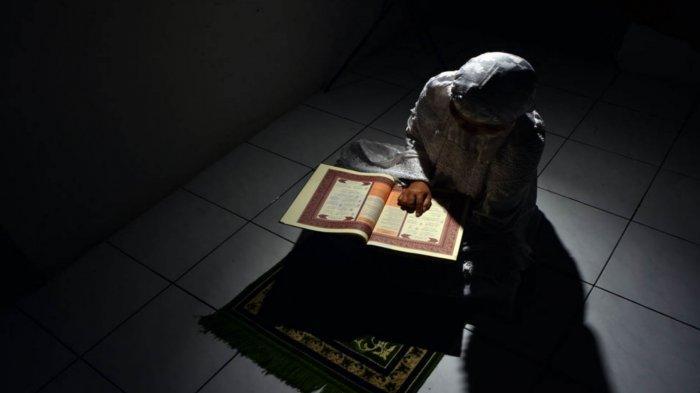 Keistimewaan Baca Surat Al Waqiah, 10 Keutamaannya Termasuk  Dijauhkan dari Kemiskinan