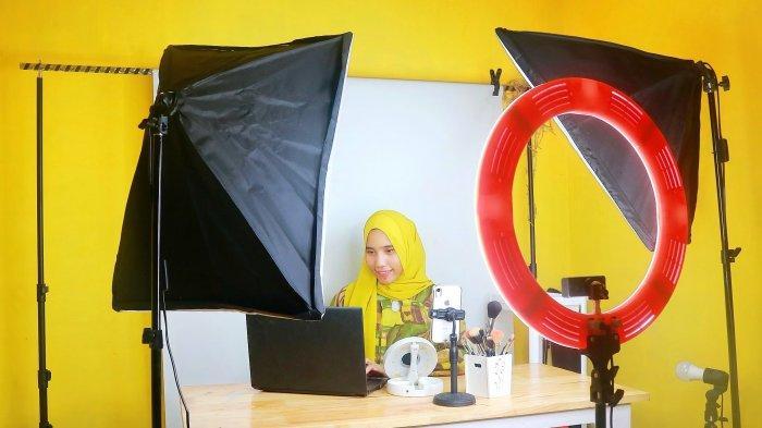 SOSOK Agnesia Siregar, Sukses Bangun Personal Branding Lewat Beauty Blogger