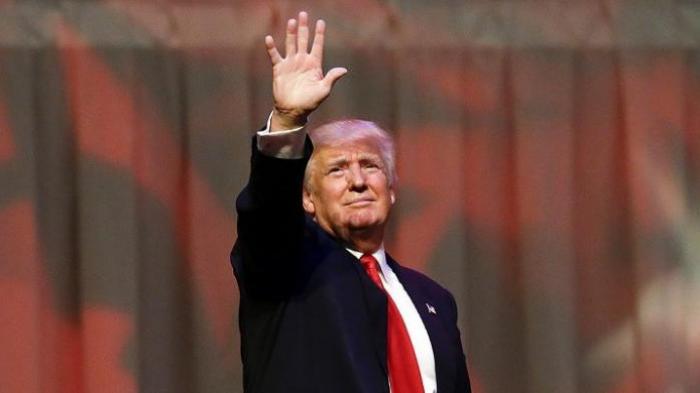 Trump Memimpin Pungutan Suara, Dolar Anjlok