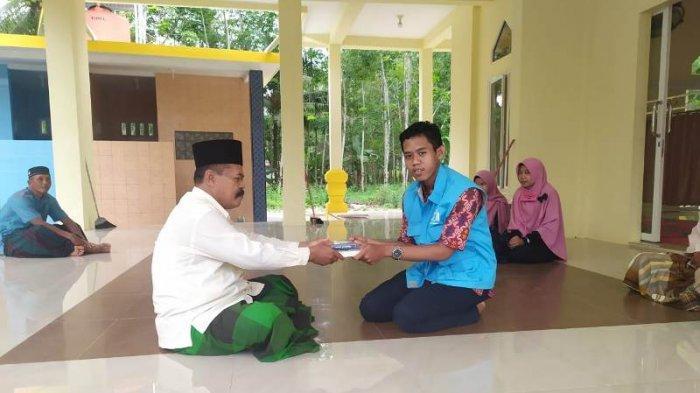 Perkuat Literasi Islami Selama Ramadan, IQR Regional Medan Donasikan Alquran ke Beberapa Masjid