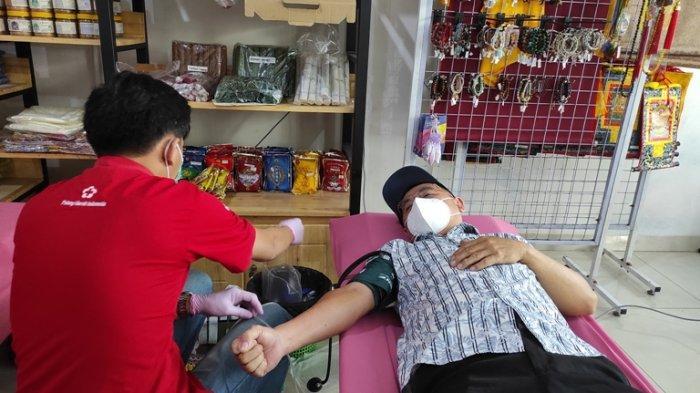 Tebar Cinta Kasih Sambut Waisak, Mani House Gelar Kegiatan Donor Darah