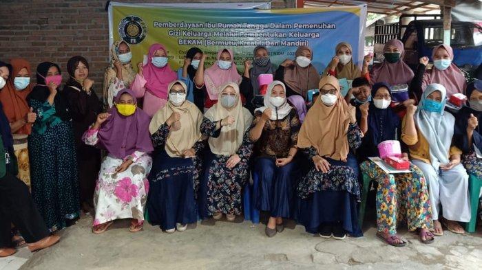 Pengabdian Masyarakat, Dosen Keperawatan USU Gelar Pemberdayaan IRT dalam Pemenuhan Gizi Keluarga