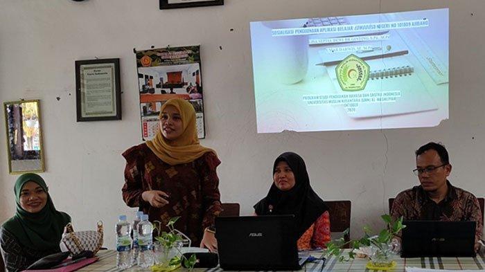 Dosen UMN Al-Washliyah Sosialisasi Penggunaan Aplikasi Belajar Daring Di SD Negeri Ajibaho