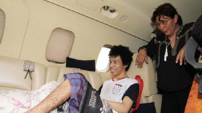 Menteri Susi Terbangkan Nelayan Wakatobi Penderita Tumor Tulang Berobat ke Jakarta