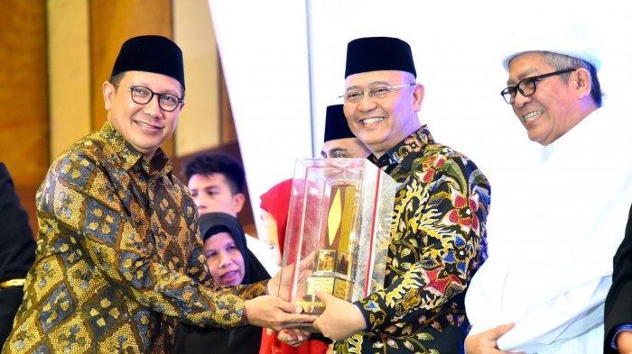 Wujudkan Kerukunan Umat Beragama di Sumut, Kemenag Beri Wali Kota Medan Penghargaan