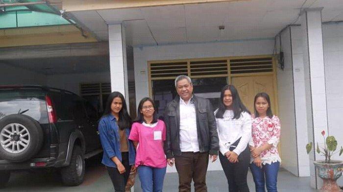 Eddy Berutu Berangkatkan 4 Remaja Ikut Pelatihan Menjahit di Dinsos Sumut