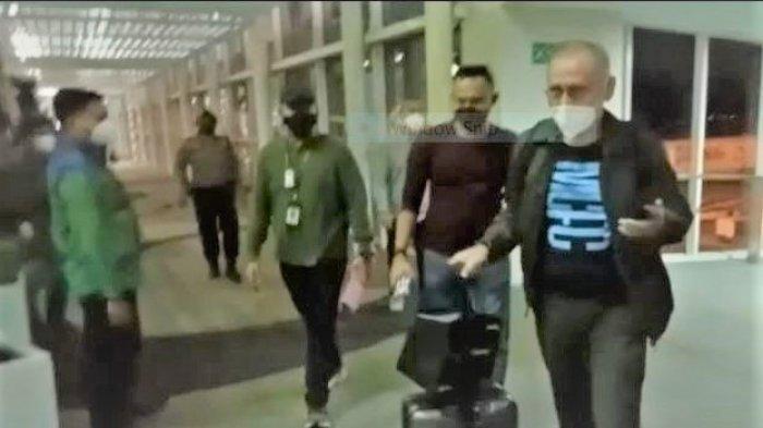 Kadis Perizinan Pemprov Sumut Ditangkap dan Dipenjarakan Jaksa Begitu Sampai di Bandara KNIA